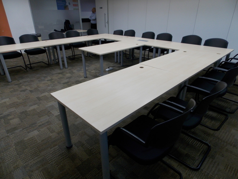 Mesa de Escritório para Sala de Reunião Liberdade - Mesa Grande para Sala de Reunião