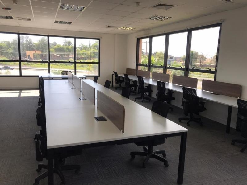Mesa Plataforma para Escritório em Atacado Vila Militar - Plataforma para Escritório para Trabalho