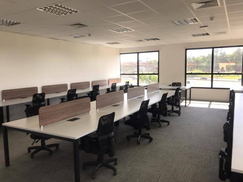 Móveis para Escritório Plataforma de Trabalho em Atacado Francisco Morato - Mesa para Escritório Plataforma 4 Lugares