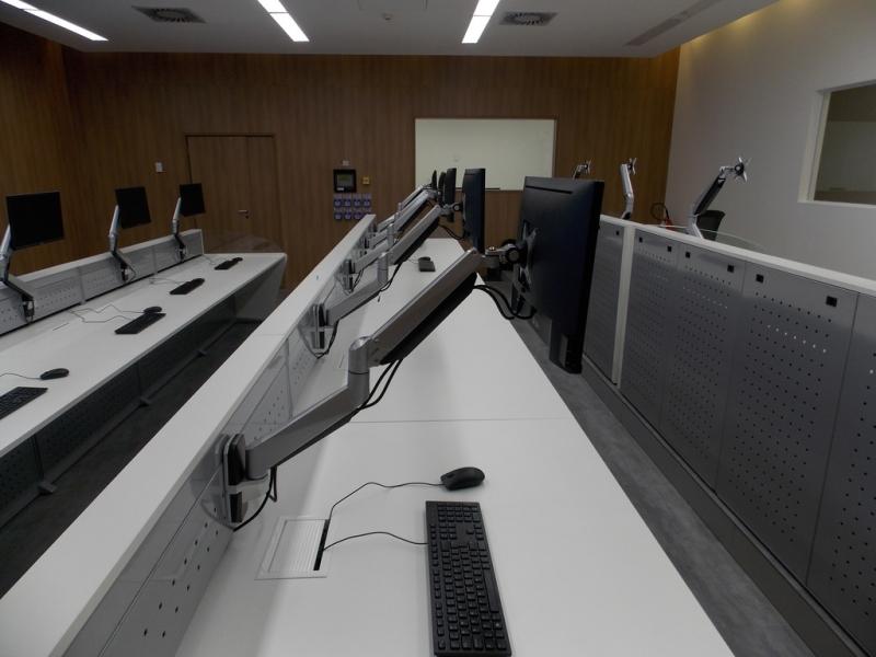 Preços de Mobiliário Técnico com Suporte de Monitor Santo André - Mobiliário Técnico para Sala de Monitoramento