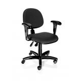 cadeira giratória simples