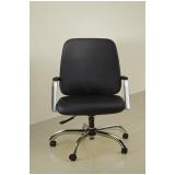 cadeira giratória para escritório de couro Bela Vista