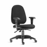 cadeira giratória preta Limeira