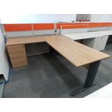 mesa de escritório planejada Lins de Vasconcelos