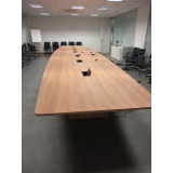 mesa para sala de reunião oval preço Cosmópolis