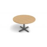 sala de reunião com mesa redonda