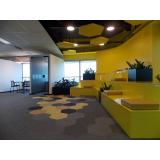 mobiliário corporativo para área colaborativa