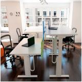 mobiliário técnico com regulagem de altura Alphaville Industrial