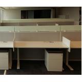 mobiliários técnicos com regulagem de altura Rocha