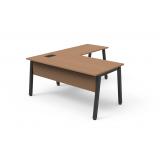 onde comprar mesa de madeira para escritório Anchieta